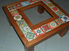 mesa con vidrio / azulejos