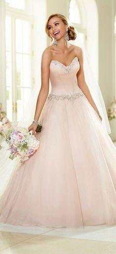 10 robes de mariée roses