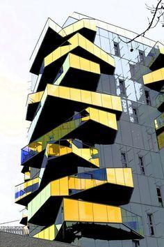 Rubiks cube building