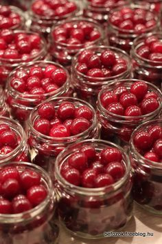 sour cherries waiting for cognac Tomato Vegetable, Vegetable Drinks, What Is For Dinner, Canning Pickles, Pickling Cucumbers, Sour Cherry, Hungarian Recipes, Cooking Recipes, My Recipes