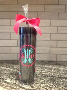 Personalized Tumbler - Perfect for bridal party gifts, birthday gifts, or anyone who loves anything monogrammed.  Who doesn't?!  :-). https://www.etsy.com/listing/249571576/personalized-skinny-16oz-acrylic-tumbler