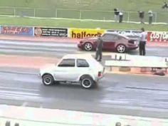 Bostaço: Fiat 147 vs Porsche