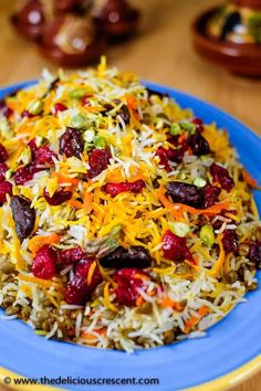 Lentils and Rice with Cranberries (Video) Lentil Cranberry Saffron Rice: A Persian style aromatic dish that is a bit tangy, subtly sweet and savory, packed with plant protein, fiber, antioxidants and healthy fats. Lentil Recipes, Vegetarian Recipes, Healthy Recipes, Healthy Fats, Vegan Vegetarian, Free Recipes, Healthy Options, Vegan Options, Indian Food Recipes