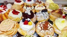 Non avete ancora provveduto alle zeppole per la festa del papà. Niente paura da Alba Caffè ce ne sono per tutti e di tutti i gusti!  Tradizionali, al cioccolato, al kinder, alla Nutella, al pistacchio, alla panna, tutte con decorazioni fantasiose. Quest'anno anche con una grande novità: pasta choux al cioccolato con farcitura crema passion fruit. #albacaffè #pasticceria #zeppole #zeppolesangiuseppe #sangiuseppe #festadelpapà