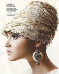 Feather Headpiece, Feather Hat, Headdress, Moda Retro, Millinery Hats, Fancy Hats, Wearing A Hat, Visor Hats, Love Hat