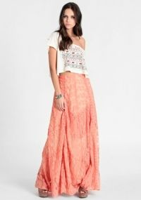 Lace Maxi..I feel like u have to b really tall to wear this..she looks Beautiful tho