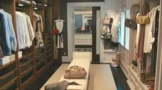 Carrie's closet-SatC 2