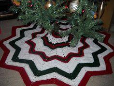 Crochet Attic: Christmas Stuff & Free Tree Skirt Pattern!!