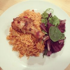 Last Nights Dinner: Jollof Rice with Chicken and salad « Kezia& KookBook Healthy Meals For One, Easy Healthy Recipes, Easy Dinner Recipes, Skinny Recipes, Food Network Recipes, Cooking Recipes, Jollof Rice, Kids Meal Plan, Food Platters