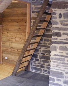 Hand Railing, Wood Stairs, Decoration, Wood Furniture, Home Decor, Beams, Old Wood, Banisters, Wooden Ladders
