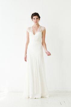 Sarah Seven Fall 2015 http://ruffledblog.com/sarah-seven-fall-2015-bridal-collection #weddingdress #bridal #weddinggown