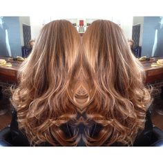 Natural blended balyage perfection here by Karl from #teamdimilo.