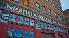 A Shopping and Eating Guide to Pittsburgh's Strip District