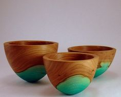 Blue Carnival VIII - Elm Bowls Love wooden bowls, and the splash of turquoise is so unexpected & great Objet Deco Design, Wood Bowls, Wood Turning, Wood Art, Home Accessories, Decorative Bowls, Sweet Home, Creations, Carnival
