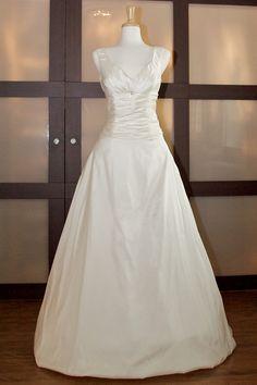 Princess A-Line With Ruffled Skirt Wedding Dress,wedding dress