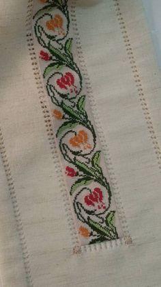 Cross Stitch Borders, Gardening, Crochet, Bath Linens, Woodwind Instrument, Drop Cloths, Fabric Dolls, Crochet Art, Crochet Edgings