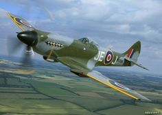 Flying Legends, Spitfire FR XIV