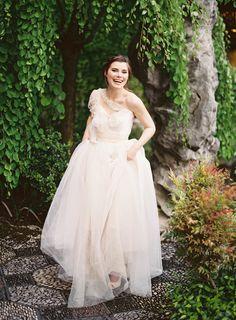 Photography: Corinne Krogh - www.corinnekrogh.com  Read More: http://www.stylemepretty.com/2014/07/15/ethereal-inspiration-shoot-at-lan-su-garden/