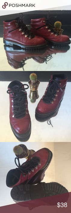 Vintage Sorel boots Vintage oxblood Sorel hiking boots, made in Canada. They're Durable, comfortable & hella cute. Looks like they've barely been worn with minimal flaws & scuffs. 🌄 Pairs well with long dresses for that 90's flavor. 🌄 Size 7.5. Sorel Shoes Ankle Boots & Booties