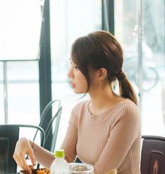 [유인나] 햇살처럼 눈부神 '써니'의 도깨비 촬영현장 : 네이버 포스트 Yoo In Na Goblin, Sunny Goblin, Kwon Hyuk, Kim Sun, Gong Yoo, In Ancient Times, Kpop, Girls Generation, Korean Fashion
