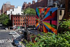 30th of May - (New York) : Highline sightseeing on a master piece of the Brazilian street artist Kobra illsustraing