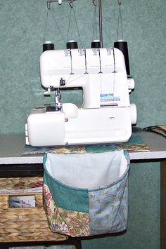 Since I set up my new sewing studio, my machines and waste baskets have all been rearranged and I find myself with serger scraps and threads everywhere. Actually I have wanted a serger scrap bag for years, but there has always been something more pressing. Rachel said that she would like one too, but she tends …