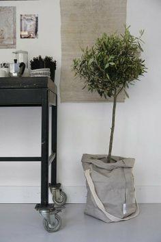 Vosgesparis: Inspiration for your home | New ideas with Uashmama Carry Bags