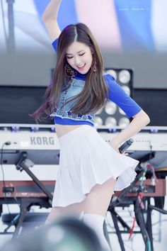 BLACKPINK - Rosé 로제 (Park ChaeYoung 박채영) aka Roséanne Park 로잔느 박 #배꼽 #블랙핑크