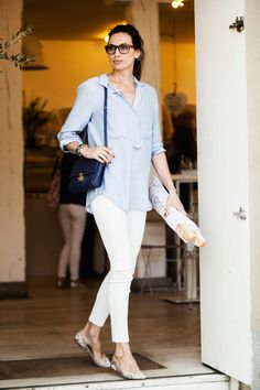 Nieves Alvarez Vogue, Beautiful Outfits, Cool Outfits, Power Dressing, Hollywood, Fashion Books, Casual Looks, White Jeans, What To Wear
