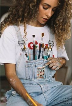 Painter Photography, Girl Photography Poses, Creative Photography, Fashion Photography, Surfergirl Style, Kreative Portraits, Wow Photo, Art Hoe Aesthetic, Photographie Portrait Inspiration