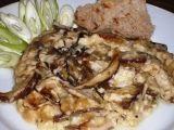Pečené lesní houby v hořčičném bešamelu Meat, Chicken, Cubs