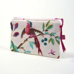 Kabel- & Zubehörtasche Paradiesvogel   marengu von marengu ideenwerkstatt auf DaWanda.com