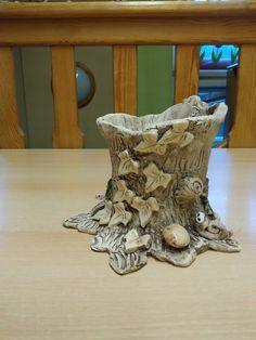 Sculptures, Lion Sculpture, Keramik Vase, Pottery Studio, Terracotta Pots, Ceramic Planters, Ceramic Pottery, Burlap Wreath, Flower Pots