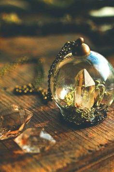 Diamond in the rough necklace miniature terrarium pendant Herkimer diamond raw crystal jewellery druzy stone clear quartz Raw Crystal Jewelry, Crystal Resin, Crystal Diamond, Crystal Ball, Cute Jewelry, Jewelry Accessories, Unique Jewelry, Bling, Bohemian Jewelry