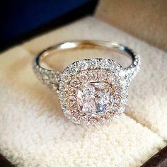 www.weselnapolska.pl  Biżuteria ślubna, inspiracje i pomysły.  Biżuteria, moda, pierścionek, ślubna, wesele, ślub, inspiracje, ślubne, inspiracja, wedding, modadamska, pierścionekzaręczynowy, weselnapolska.