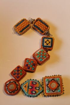 2 in fiber beads by Orna Willis