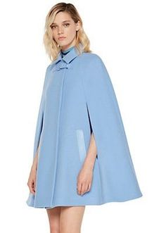 Versace Flare Wool Cape for Women Stylish Dresses For Girls, Nice Dresses, Modest Fashion, Fashion Outfits, Capes For Women, Warm Outfits, Fashion Fabric, Dress To Impress, Blazers