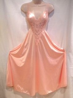 Vintage Olga Full 112 Sweep Small 27 Peach Nylon Stretch Lace Nightgown Lingerie