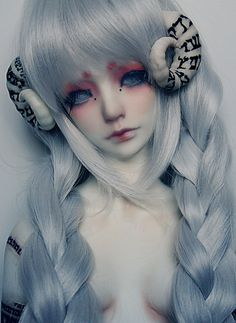 homunculus   by illusionwaltz, via Flickr // Ball Joint Doll BJD