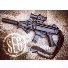 The Micro Hancock is a great addition to this CZ Scorpion Evo 3 S1 keeping it short, compact and hearing safe! Available in any caliber desired! Starting at $400!!!!! #stealthengineeringgroup #igmilitia #czusa #cz #scorpion #evo3s1 #scorpionevo #suppressed #9mm Available for purchasing at - https://www.segsuppressors.com/products/9mm-354.html