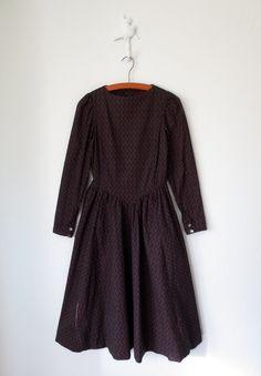 Calico Sweetheart Dress ... Vintage 80s Flower Print Midi Frock ... XS. $36.00, via Etsy.