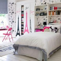 Teenage girl bedroom... Love the Eiffel Tower theme!
