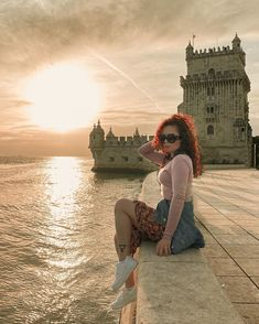 "Fashion ▪️Travel ▪️Lifestyle on Instagram: ""Binge watch sunsets should be a thing too. 🌅❤️ ⠀⠀⠀⠀⠀⠀⠀⠀⠀ Maratonar por do sol deveria ser profissão. 🌅☀️❤️ ⠀⠀⠀⠀⠀⠀⠀⠀⠀ Are you team sunrise…"" Amazing Sunsets, Lisbon, Travel Style, Sunrise, Clay, Lifestyle, Watch, Instagram, Fashion"