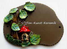 Türschild Pilzhaus Wurm von Ton-Kunst-Keramik auf DaWanda.com