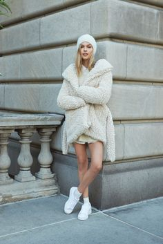 All white / the perfect trend for the winter spring transition