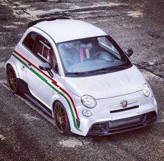 Modified 500 - like the larger front mounted intercooler, perspex windows, seats, harness - wonder what mods lurk under the bonnet - Biposto? Fiat 500, Turin, Automobile, Fiat Cars, Alfa Romeo Spider, Fiat Abarth, Smart Car, Top Cars, Racing Team