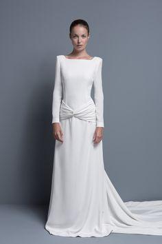 Os presentamos la bellísima colección de vestidos de novia 2014 de la firma COLOUR NUDE.