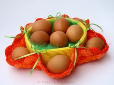 Osterkorb 'Blümchen' für Eier und Süßigkeiten