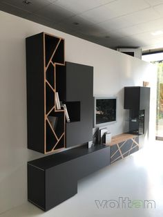 505 Storage System by Molteni & C Tv Unit Furniture Design, Tv Unit Interior Design, Tv Wall Design, Bedroom Furniture Design, Living Room Decor Fireplace, Living Room Interior, Home Living Room, Living Room Tv Unit Designs, Muebles Living