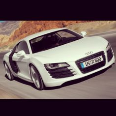 Perfection on wheels!- Audi R8